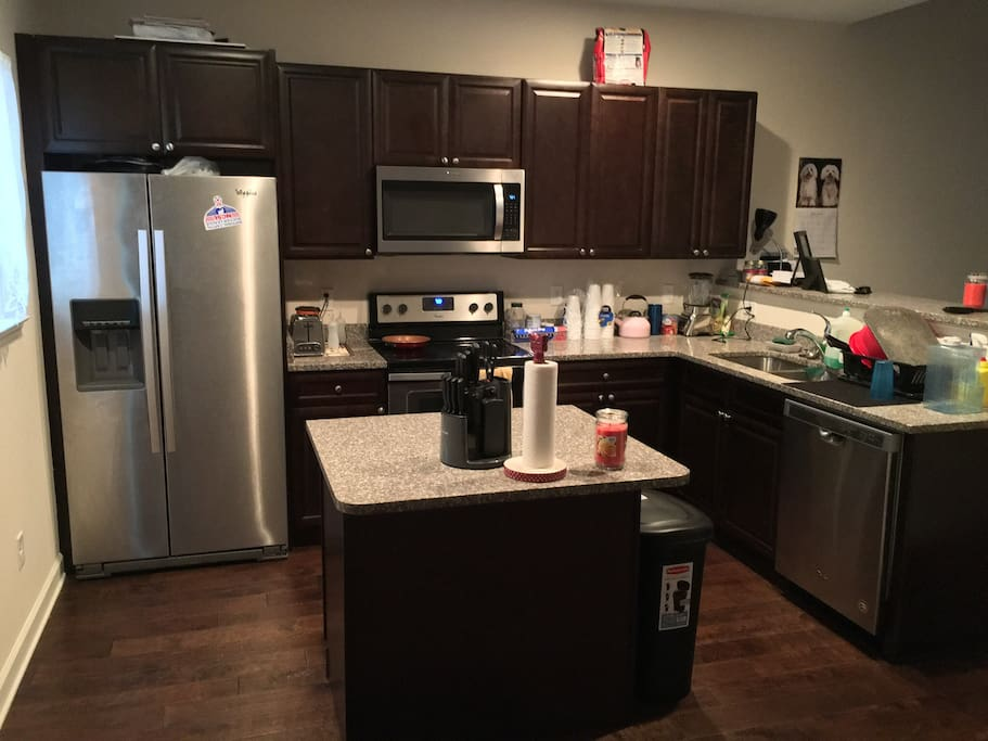 Access to entire kitchen for cooking own meals and cleaning.