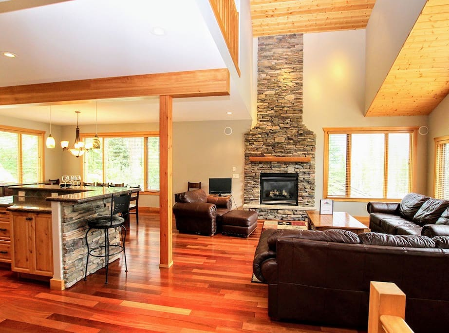 Bright, spacious and open living space