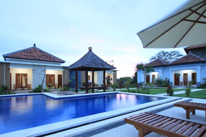 ULUWATU JUNGLE VILLA One Bedroom Garden Pool View