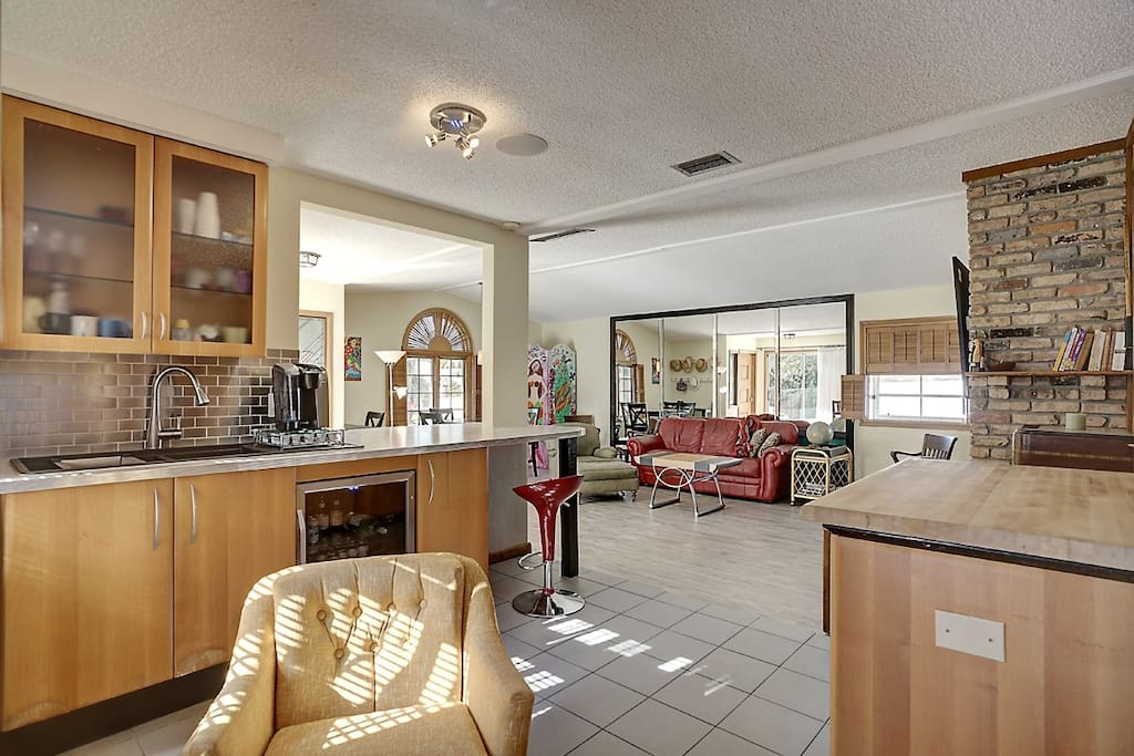 Kitchen, breakfast bar and great room