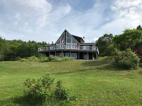 3 Bdrm Suite - Stunning Bras d'Or Views - Big Pond