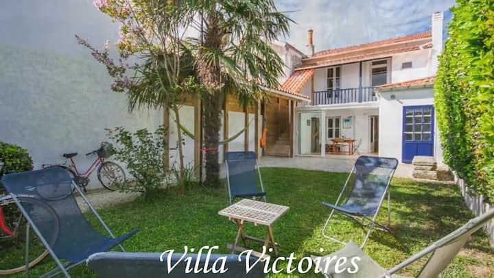 Villa hyper centre, 4 ch, 2sdb,  jardin clos, WIFI