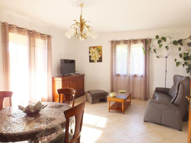 Villa spacieuse au calme près des plages - Furiani - Ev