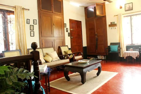 Vintage Home Country Lifestyle 1 hour from Cochin