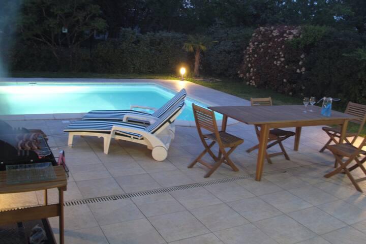 Maison d'architecte avec piscine proche de la mer - Le Haillan - Talo
