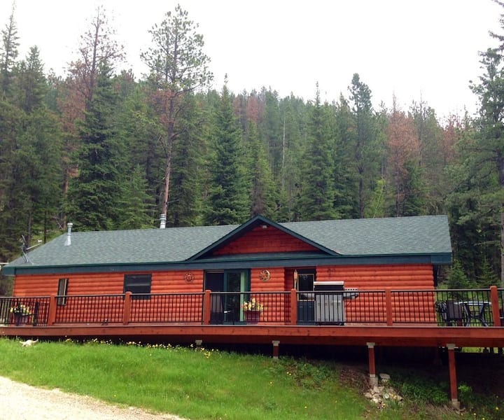 Hanna Creek Lodge