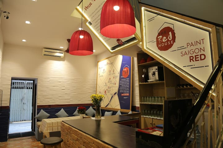 Deluxe apt @TheRedHouse - 1min to BEN THANH Market - Ho Chi Minh City - Apartment