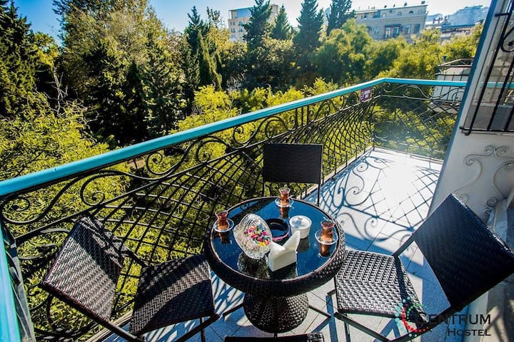 Centrum Hostel Baku (Malokan Garden)
