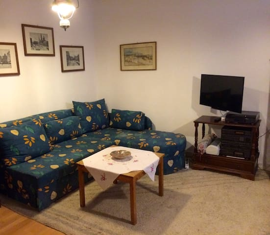 EXCELLENT LOCATION WITH PRIVATE PARKING