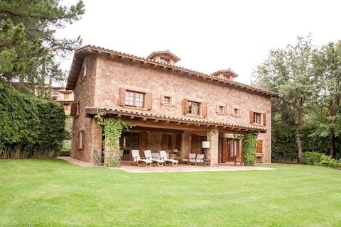 Gran Castanyer, una casa inigualable.
