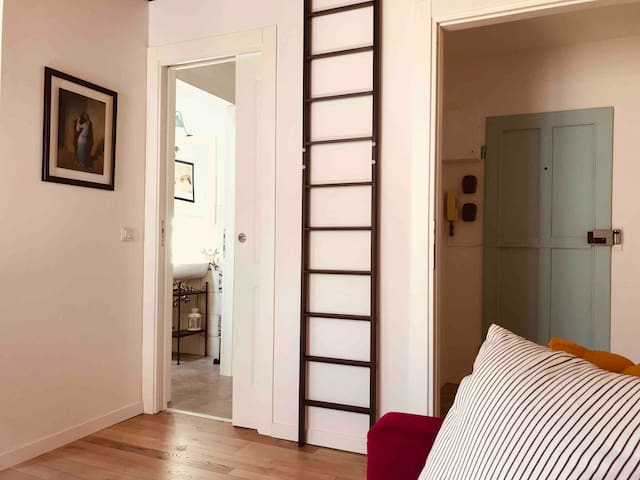 CALIMARA18 apt 2 bathrooms 25 min from florence