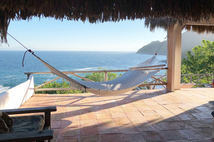 Private Oceanside Beach Retreat - Unplug and Relax