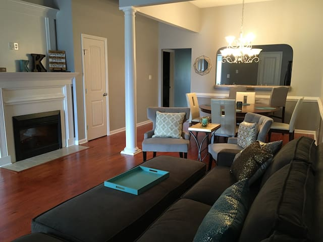 Townhome minutes from the Masters! - Grovetown - Szeregowiec