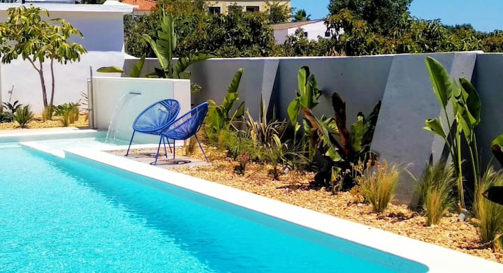 House with 7 bedrooms in Estói, with wonderful sea view, shared pool, enclosed garden - 18 km from the beach