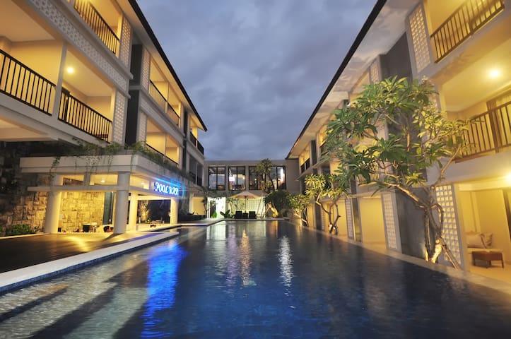 Grand Barong Resort - คูตา - ที่พักพร้อมอาหารเช้า
