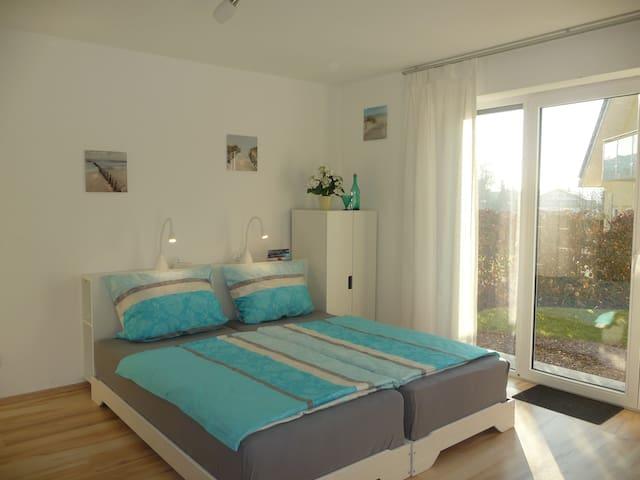Geräumige, moderne Wohnung in toller Lage - Erlenbach - Wohnung