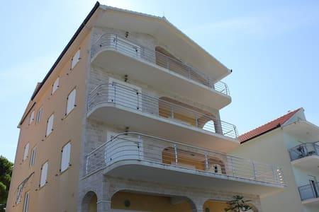 Apartments Sevid / Studio A4 - Sevid