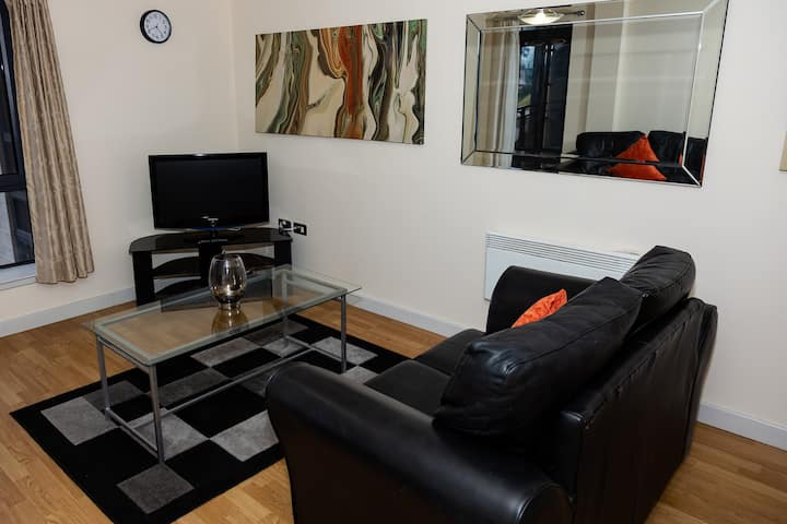 Gateshead Quay two bedroom apartment 2