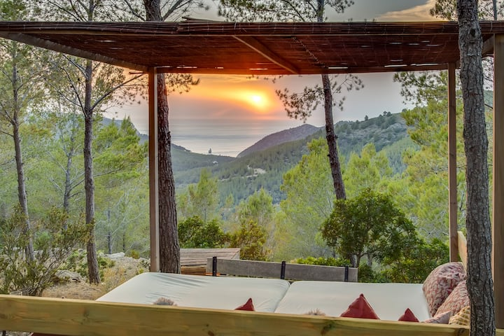 Stunning Finca with Sunset Views of Benirras Bay