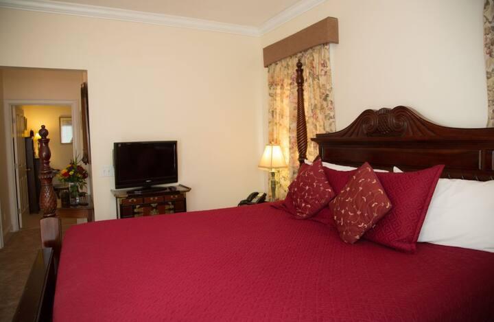 Almondy Inn - Lanai Suite