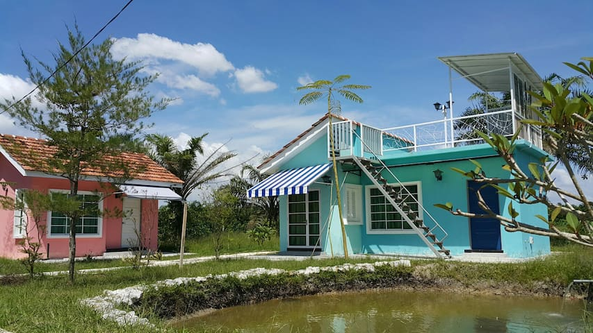 my home twenty one guest house (family room ) - Kuala Kurau - Dom