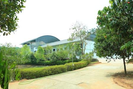 Kohinoor Club, Aluva, Kochi - Ernakulam - Οικολογικό κατάλυμα