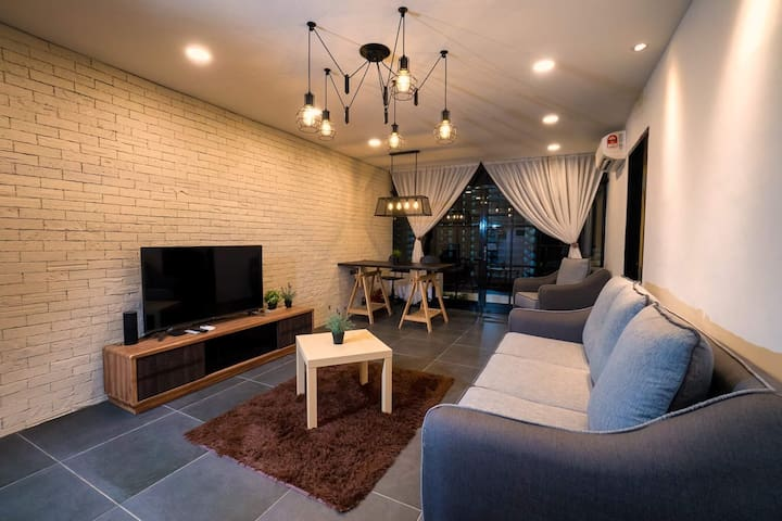 Seaview & Cityview Cozy Room Near Gurney
