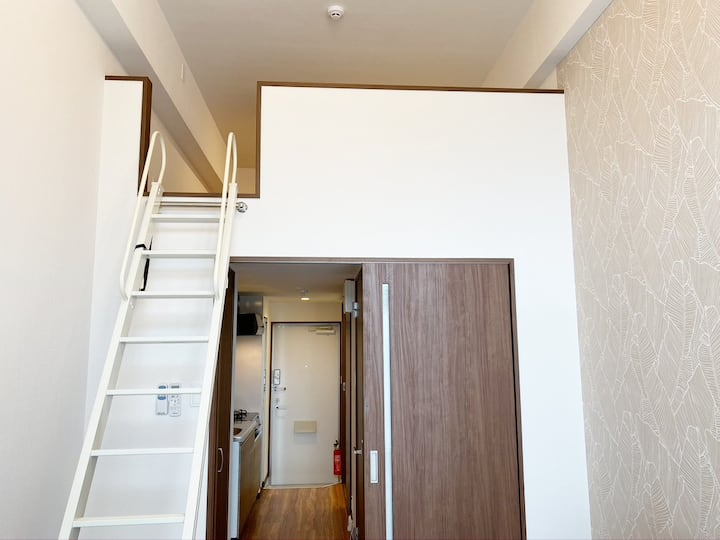 Newly built apartment loft room in Urasoe city