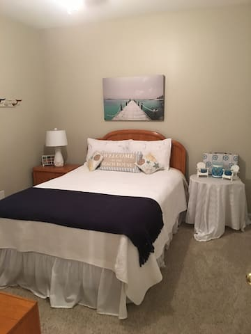 Sweet Maddi's Beach Room - Woodstock - House