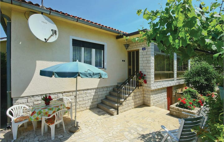 Beautiful home in Savudrija with 1 Bedrooms