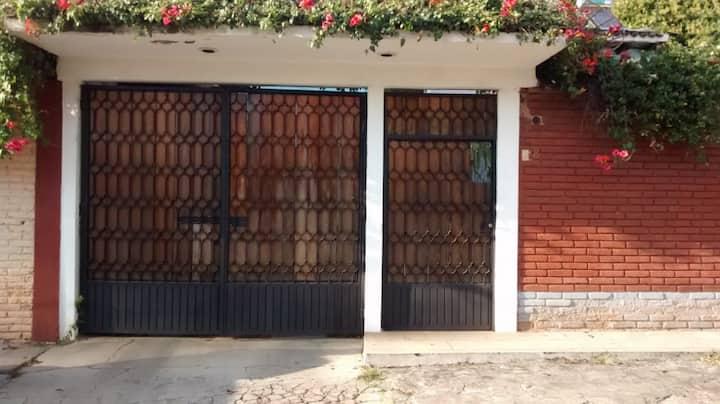 Departamento bonito por la glorieta de Tangaxoan