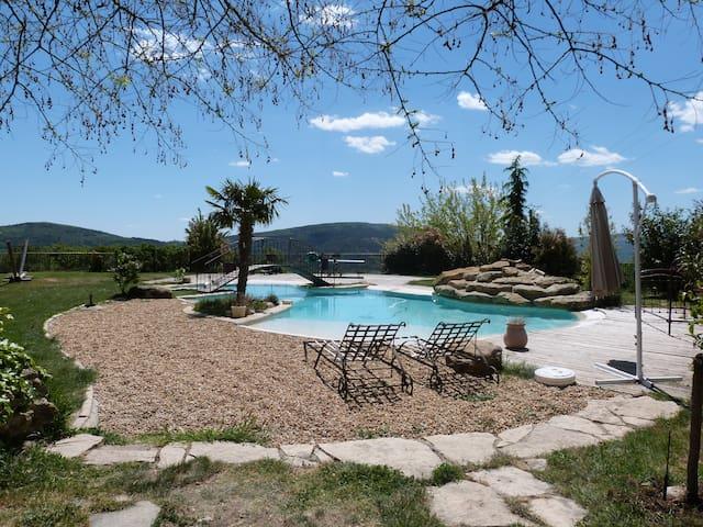 La Grande Grange en Provence - Saint-Étienne-les-Orgues - Lejlighed