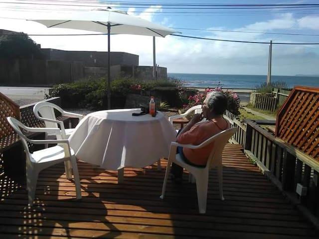 Algarrobo, tranquilidad frente al mar