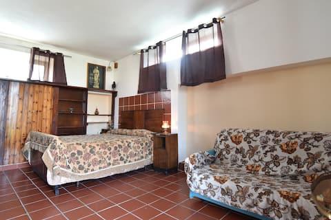 Jasmine House, Fondo San Vito