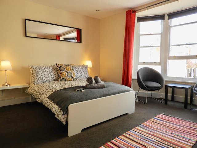 Luxury Boutique Room In The Heart Of The Lanes.2