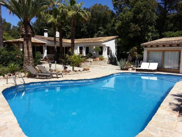 Villa with own pool near pollenca. - Sa Pobla - Villa