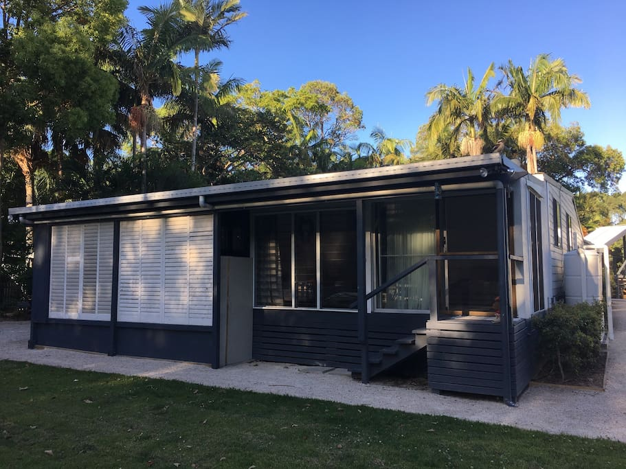 Cute 2 bedroom beach cottage - Houses for Rent in South