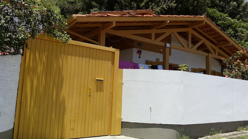 Four Bedroom House Close to Beach
