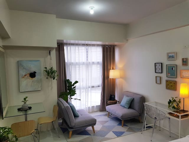 NEW & COZY!!! Sabel's Studio Near Malls & SHAW MRT