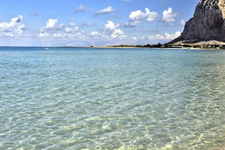 Apartment a short stroll from the sea. - San Vito Lo Capo