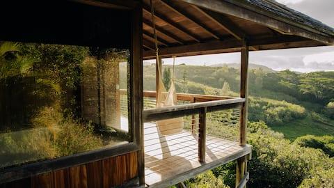 Eco-Chic Tropical TreeTops Villa