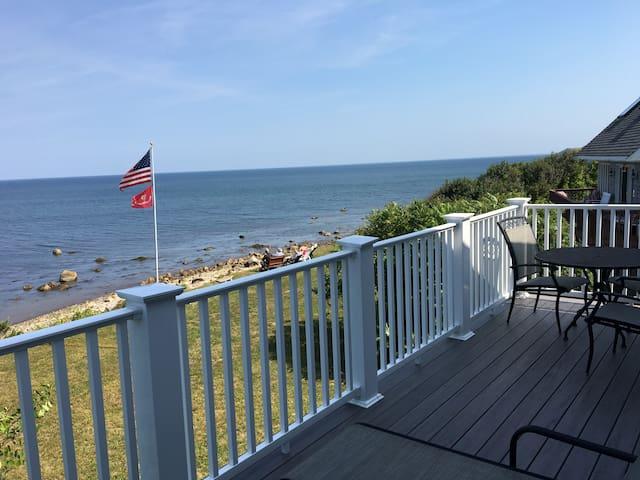 Pilgrim Way Beach House, right on Cape Cod Bay