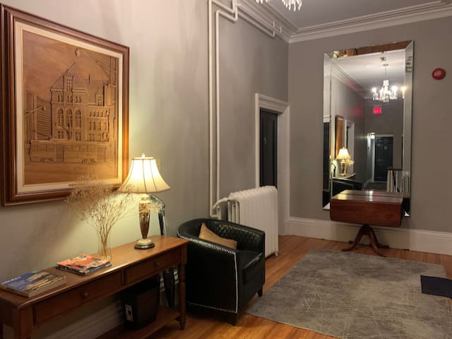 Beautiful Historic Property - In Downtown Core