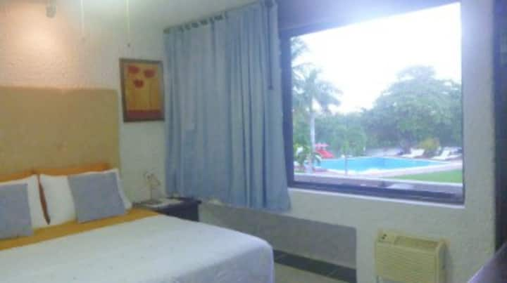 Best Location & Value small Room in Hotel Zone