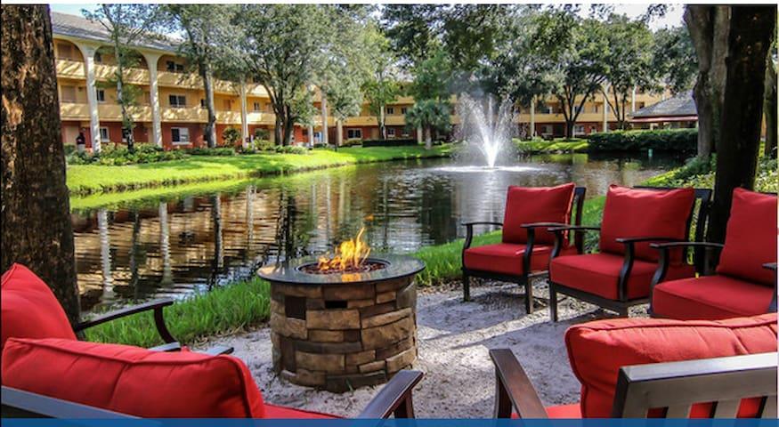 Westgate Leisure Resort blocks from Seaworld