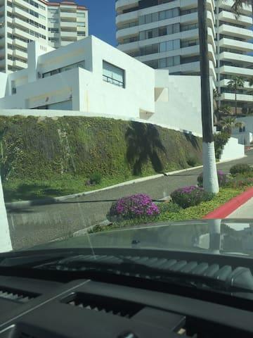 Beautyful beach front townhouse - Rosarito - Villa
