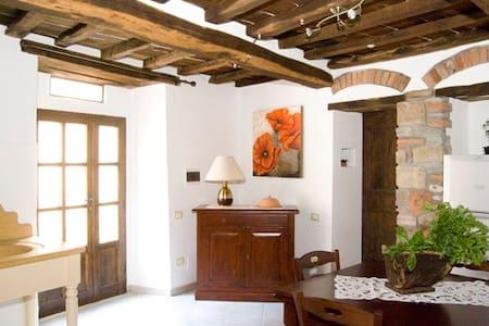 Appartamento in centro storico - Sassetta