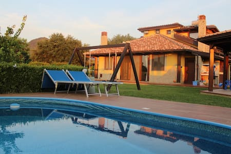Charming Sizilien Villa w/swimmingpool near  Sea