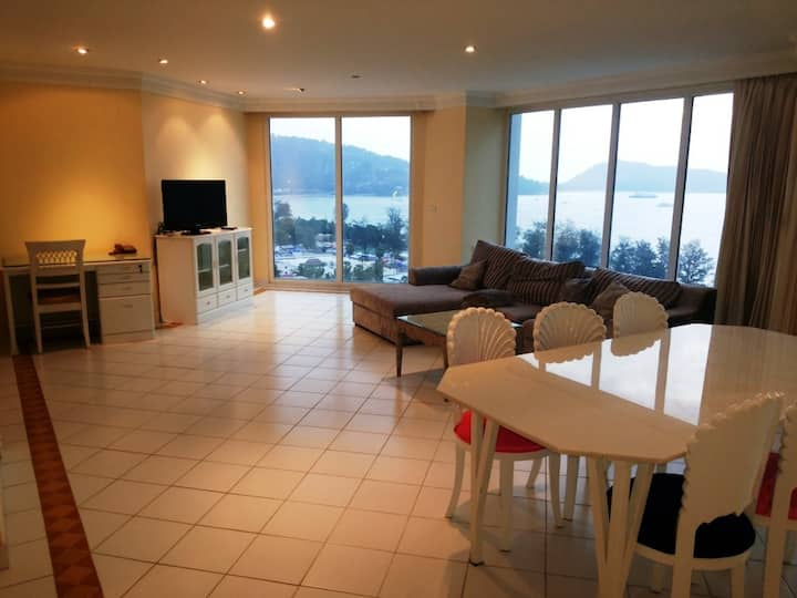 Luxurious Sea View Hotel Apartment @ Patong Beach