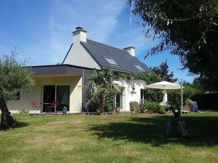 Comfortable House for 8  near the Gulf of Morbihan